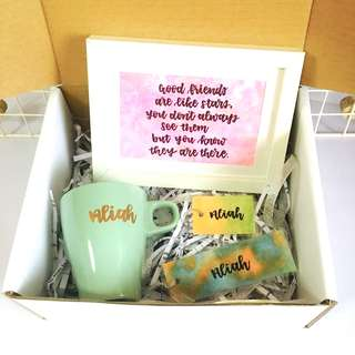 Customisable mother's birthday box Mother godmother Farewell Godma teacher bestie best friends Personalised colleagues colleague customised calligraphy Friend Auntie friends present presents gift gifts anniversary Wife cheap Girlfriend Boyfriend day