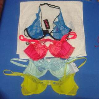 Lace bra (victoria secret and La Senza)