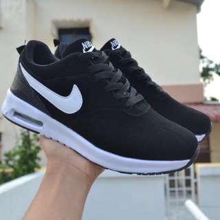 Nike Air Black White
