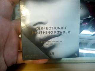 H&M Perfectionist Finishing Powder (Alabaster)