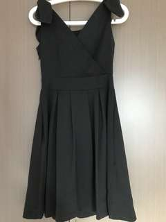 Blog shop little black dress