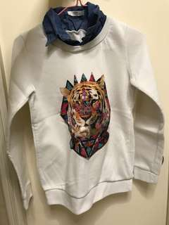 Second hand- Women top clothes, sweater, long sleeve, tiger, logo, pattern