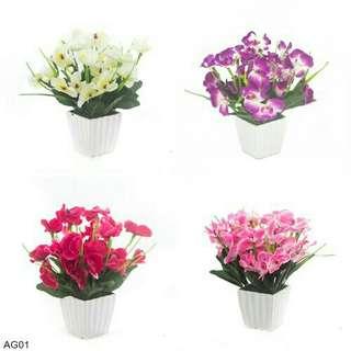 Buket Bunga Anggrek Vas Melamin
