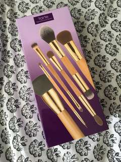 Tarte Back to School tools (brush set)