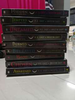 A house of night novel series
