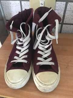🚚 舊高筒帆布鞋(絨布)converse 正24.5