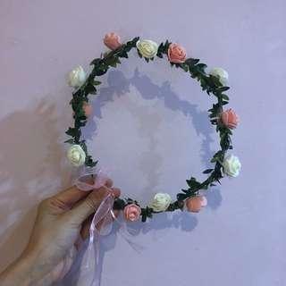 Floral hair/headband White & Pink