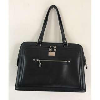 Braun Buffel leather bag - Biz like yet feminine