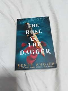 (Free shipping) The Rose and The Dagger by Renee Ahdieh