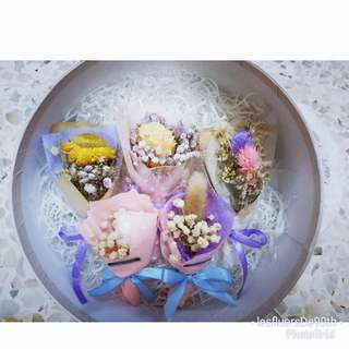 Mini Dry preserved flower bouquet