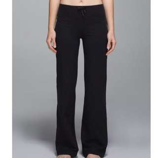 Lululemon Relaxed Fit Black Pants Size 4 6