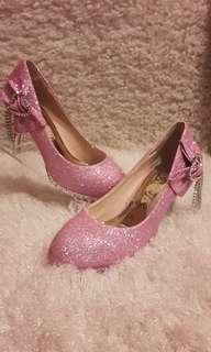 🚚 金蔥皮革蝴蝶結水鑽圓頭婚鞋高跟鞋