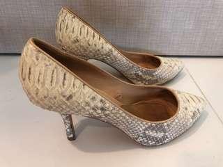 Zara Genuine Leather heels size 39 Moving house sale