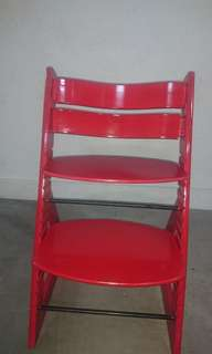 Kids dining chair with steps