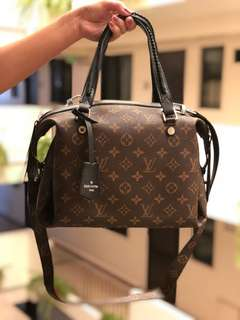 LV BAG AUTHENTIC QUALITY