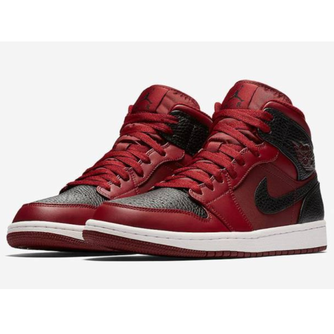 424b4d1ed BNIB  Nike Air Jordan 1 Retro Mid Team Red White Black Reverse ...