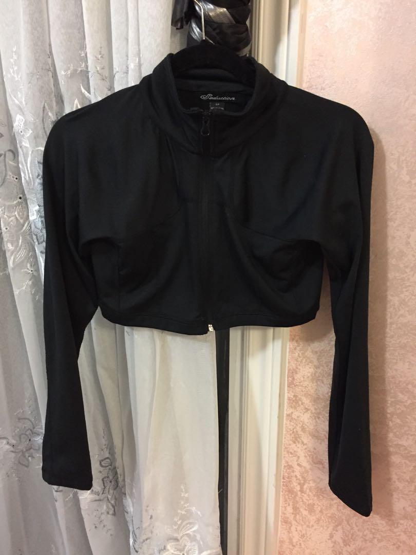 Cropped Black Zip-up Sleeve Top S