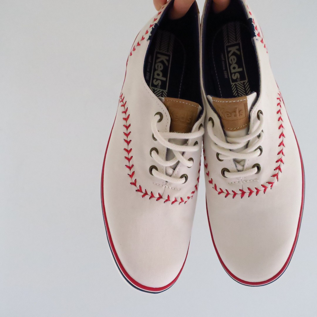 eb0db1b56fc85 Keds CHAMPION PENNANT Off-white Canvas Sneakers