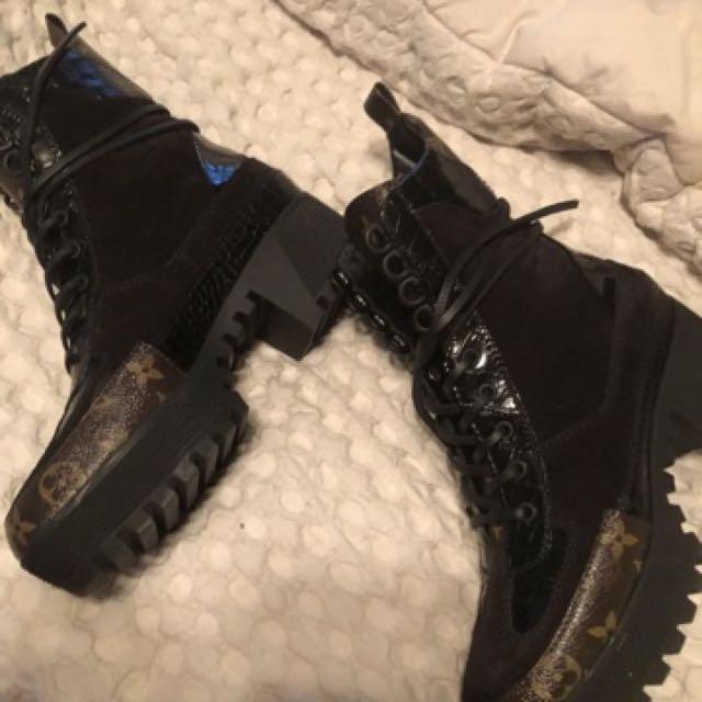 Louis Vuittion Boots