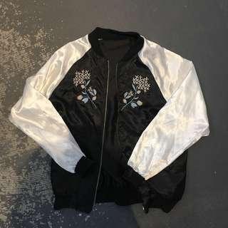 橫須賀感刺繡薄外套