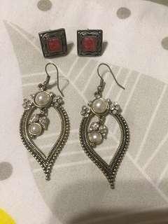 Earrings(2 pairs)