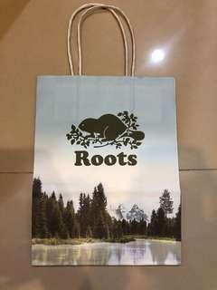 🚚 Roots 小紙袋