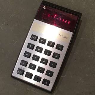 Texas Instruments LED 紅字計算機 1977年