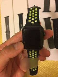 🚚 apple watch series 2 nike 42mm 9成9新