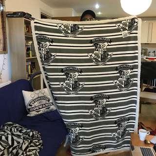 Pre-Order Hogwarts Blanket / Throw (VERY LIMITED)
