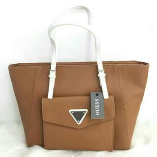 GUESS CAREMEL COLOR  BROWN COLOR