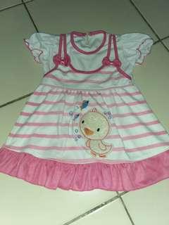 Atas bayi pink