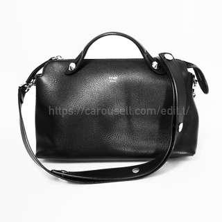 Fendi BY THE WAY REGULAR 手袋(Small Boston bag in black leather)