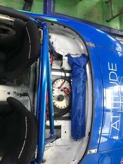Race fuel tank