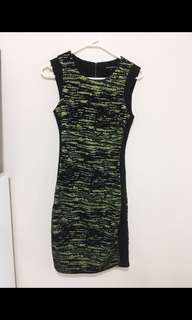 Clearance! - Cue Classy Gold & Black Dress - Size 6/8 - BNWOT
