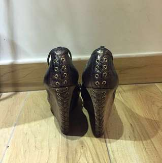 GUESS BY MARCIANO Unique Genuine leather platforms shoes 特別型格真皮蛇紋啡色厚底鬆糕鞋
