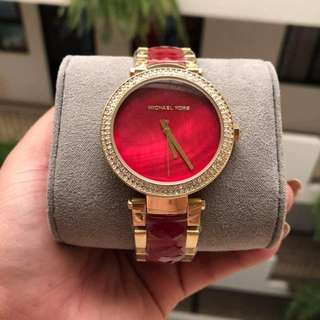 SALE ALERT!!! BRANDNEW MICHAEL KORS WATCH
