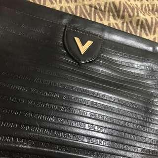 🈹💥🈹💥 日本中古品 ハンドバッグ VALENTINO 經典黑色 clutch little bag 小提包 手袋