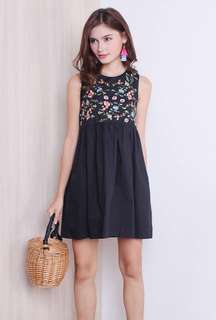 Neonmello Summer Embroidery Dress