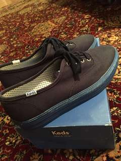 KEDS NAVY BLUE SNEAKERS SIZE 37.5