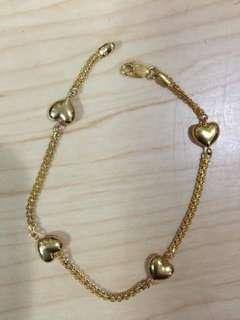 18k Saudi Gold Bracelet with Heart Design