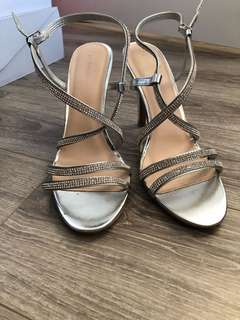 SUMMER SHOES from Le Chateau