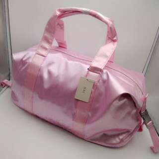 NEW Forever 21 Travel Satin Duffle Shoulder Weekender Gym Bag F21 (Pink & Blue)