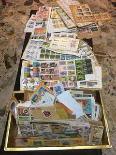 World stamps (Thailand, China, Europe, US, Australia ..etc) 95% ++ are foreign stamps