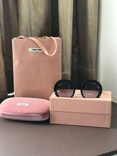 Miu Miu sunglass (preloved)