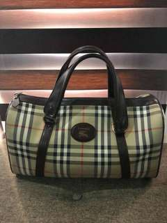 Burberry Doctor's bag