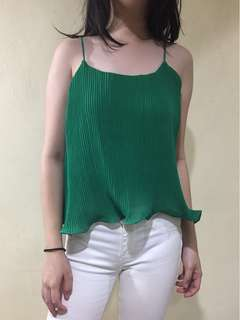 awardrobe green flare top