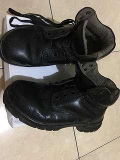 Sepatu septy  Original,ujungnya ad besiny ya