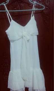 Baju dress putih