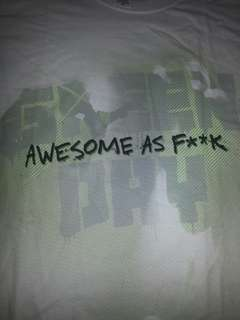 BAND T SHIRT. GREEN DAY. AWESOME. OFFICIAL