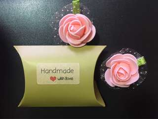 Rose hair clips